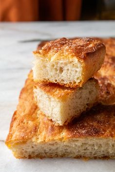 Focaccia rewolucyjna » Jadłonomia · wegańskie przepisy nie tylko dla wegan Artisan Bread, Cornbread, Nom Nom, Sandwiches, Veggies, Gluten, Cooking Recipes, Vegetarian, Vegan