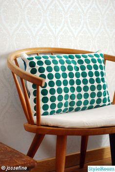 Eclectic Furniture, Art Furniture, Furniture Design, Colour Blocking Interior, Contemporary Fabric, Cozy Room, Living Room Art, Textiles, Retro Design