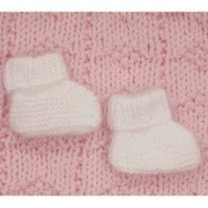 plymouth-yarn-f310-angora-baby-booties