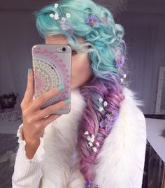 Gorgeous pastel teal to fuchsia/pinky-purple hair color. Love the braid & the tiny flowers Dye My Hair, New Hair, Hair Color Purple, Pastel Purple, Pastel Rainbow Hair, Dyed Hair Pastel, Hair Colours, Pink Hair, Pastel Colors