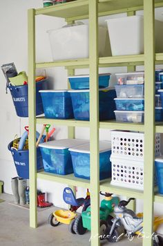 IHeart Organizing: Reader Space: A Glistening Garage -- Good idea to park kid's cars underneath a shelving unit!
