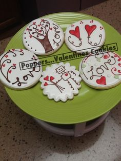 #valentines #cookies --- i like the robot