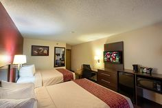 Affordable, Pet Friendly Hotel In Malone, New York! Red Roof PLUS+ Malone,