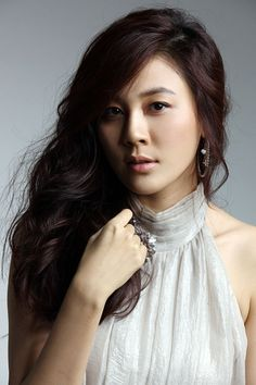 "Kim Ha Neul for ""A Gentleman's Dignity"" Korean Actresses, Korean Actors, Actors & Actresses, Asian Actors, Korean Wave, Korean Star, A Gentleman's Dignity, Korean Beauty, Asian Beauty"