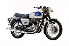 Triumph created the 1977 Triumph Silver Jubilee to celebrate Queen Elizabeth II's Silver Jubilee, the model was highly popular and remains a. Triumph Motorbikes, Triumph Bonneville, Triumph Motorcycles, British Motorcycles, Vintage Motorcycles, Ford Serie F, Plymouth, Volkswagen, White Picture Frames