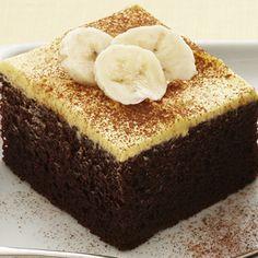 Chocolate Banana Cake: Sweet and light Duncan Hines Devil's Food Cake smothered with banana cream and decorative banana slices….Mmmm Chocolate Banana Cake.