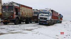 Jammu-Srinagar highway opens for one-way traffic - Social News XYZ