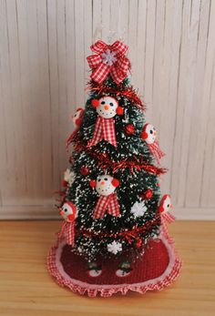 Miniature Christmas Tree Skirt