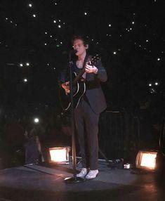 Harry on stage tonight in Brisbane, Australia, Harry Styles Update, Harry Styles Live, Harry Styles Shoes, Australia 2018, Brisbane Australia, Stage, Concert, Instagram, Concerts
