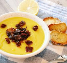 Φάβα με καραμελωμένα κρεμμύδια   Mygreekgreenplate Chili, Soup, Pudding, Desserts, Tailgate Desserts, Deserts, Chile, Chilis, Soups
