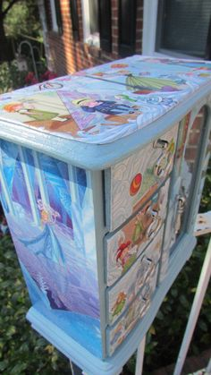 Decoupage Custom Wooded Jewelry Box Done In Disney Frozen With Princess Anna…