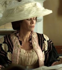 The Enchanted Garden - Janet McTeer as Mrs. Satterthwaite in Parade's End. Janet Mcteer, Parade's End, Enchanted Garden, Historical Costume, Period Dramas, Tv Series, Vintage Fashion, Ruffle Blouse, Costumes