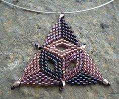 Risultati immagini per peyote triangle Seed Bead Patterns, Peyote Patterns, Loom Patterns, Jewelry Patterns, Beading Patterns, Seed Bead Jewelry, Beaded Jewelry, Beaded Earrings, Seed Beads