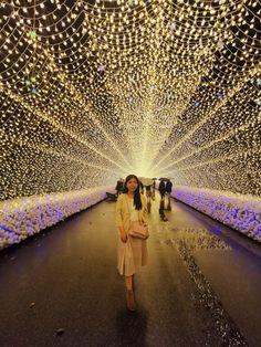 Nabana no Sato Winter Illumination is the biggest winter illumination in Japan. Nabana no Sato Winter Illumination is also a garden theme park Japan Travel Tips, Asia Travel, Backpacking Asia, Tokyo Disney Resort, Disney Resorts, Visit Japan, Famous Places, Winter Activities, Travel Inspiration