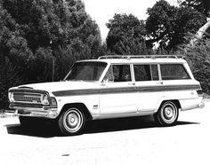 1970 Jeep Custom Wagoneer.