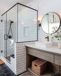 44 Marvelous Farmhouse Master Bathroom Decor Ideas and Remodel - Home Design Inspiration House Design, House Bathroom, Remodel, Master Bathroom Decor, Home Decor, House Interior, Bathroom Interior, Modern Bathroom, Farmhouse Master Bathroom