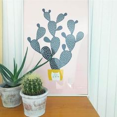 Hooray it's Friday! Last day of week decorating with cactus. Happy weekend!