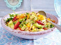 Couscoussalat mit Avocado und Erdbeeren Rezept u.v.a. Rezepte mit Avocado