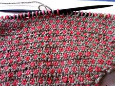 Diy Crafts - Winterworks Made with wonderful soft Geilsk DK Cotton/Wool Mix Dots - Three-row-pattern. Linenstitch ( right side: Knitting Stiches, Knitting Charts, Knitting Socks, Crochet Stitches, Knit Crochet, Knitting Patterns, Crochet Patterns, Lace Patterns, Stitch Patterns