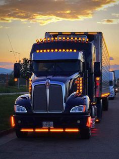 Kenworth Conventional with Aerodyne Sleeper Heavy Duty Trucks, Big Rig Trucks, Heavy Truck, Semi Trucks, Kenworth T800, Kenworth Trucks, Volvo Trucks, Train Truck, Road Train