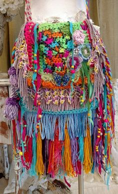 New Ideas Crochet Purse Fringe Boho Style Gypsy Bag, Boho Gypsy, Bohemian Bag, Handmade Handbags, Handmade Bags, Crochet Baby Booties Tutorial, Crochet Shawl Diagram, Crochet Fringe, Fringe Purse