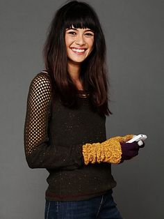 Contrast Cable Long Glove. http://www.freepeople.com/whats-new/contrast-cable-long-glove/