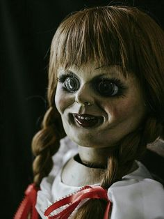 icu ~ The Conjuring Annabelle Doll Movie Prop in 2020 Best Horror Movies, Horror Movie Characters, Horror Films, Scary Movies, Horror Art, Annabelle Doll Movie, The Conjuring Annabelle, House Party Movie, World Famous Artists
