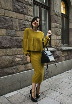 Discover thousands of images about höstmode 2014 Blouse And Skirt, Knit Skirt, Knit Dress, Sweater Dresses, Net Fashion, Look Fashion, Fashion Outfits, Winter Fashion, Street Fashion