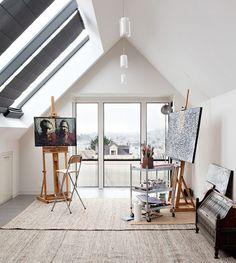 http://www.ireado.com/the-best-art-studio-design-ideas/?preview=true The Best Art Studio Design Ideas : Contemporary Attic Artist Studio Art Studio Design Ideas