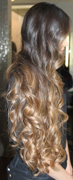 long curled brunette ombre hair with caramel ends. wow!
