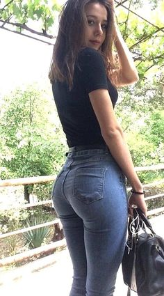 Sweet Jeans, Girls Jeans, Sexy Outfits, Sexy Women, Skinny Jeans, Nice, Hindsight, Fitness, Womens Fashion