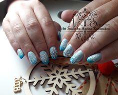 #AllseasonsArtstudio Christmas nails
