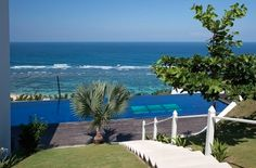 Villa Lattitude 5 bd - Bukit #Bali #Island (www.bali2b.com) #villas #property #forrent #checkitout #design