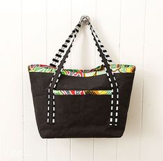Tote bag made with kraft•tex™ black by C&T Publishing, via Flickr