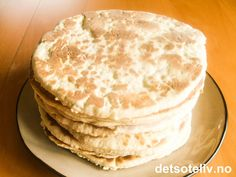 Tykklefse | Det søte liv Norwegian Cuisine, Norwegian Food, Norwegian Recipes, Baked Pancakes, Cookie Desserts, Yummy Cookies, Cake Recipes, Sweet Tooth, Sweet Treats