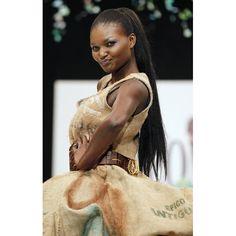 Kewe Mar - Mannequin sénégalaise / Senegalese model / Mannequin africaine / African model