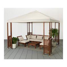 eine sonnige terrasse mit braun lasiertem pplar 3er sofa und h ll sitzpolstern in beige und. Black Bedroom Furniture Sets. Home Design Ideas