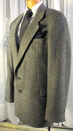 Vintage 80s mens grey wool tweed jacket  by AcquisitionsByBeth, $35.00
