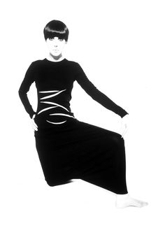 Photo by William Claxton Peggy Moffitt 60′s