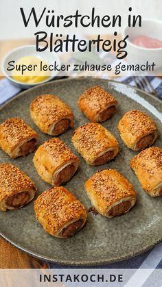 Fingerfood Party, Sausage Rolls, Snacks Für Party, Baked Potato, Hamburger, Bread, Baking, Bratwurst, Ethnic Recipes