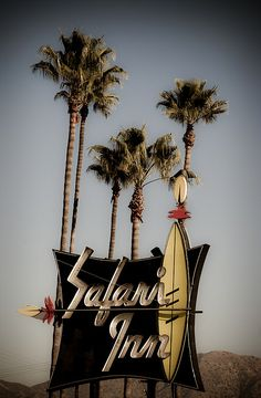 Safari Inn Motor Hotel, Burbank (Architect Unknown, 1955) 1911 W. Olive Ave, Burbank, Los Ángeles.