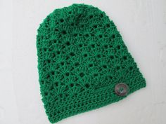 The actual color is EMERALD GREEN  Beautiful in EMERALD GREEN Slouch beanie . Great accessory for any time of the year, elegant  Its hand knitted by