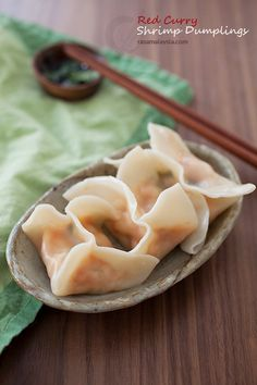 Looking for Fast & Easy Appetizer Recipes, Asian Recipes, Seafood Recipes, Side Dish Recipes! Recipechart has over free recipes for you to browse. Find more recipes like Red Curry Shrimp Dumplings. Pork And Chive Dumplings, Shrimp Dumplings, Homemade Dumplings, Dumpling Recipe, Chinese Dumplings, Seafood Recipes, Appetizer Recipes, Soup Recipes, Cooking Recipes