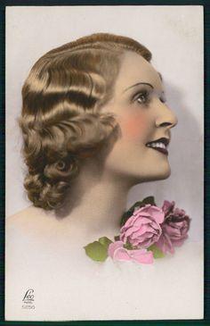 Art Deco lady 1920s original vintage photo postcard romance flower smile girl