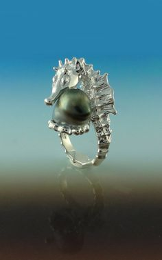Seahorse Ring with a Tahitian Pearl Made by DawnVertreesJewelry