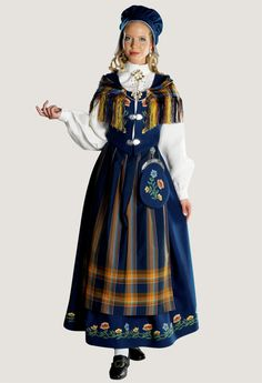 Frozen Musical, Folk Costume, Victorian Era, Traditional Dresses, Diy Clothes, Norway, Fashion Outfits, Model, Folklore