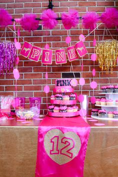 VS, Victoria Secret Pink Themed Birthday Party in Hot Pink and Glitter Gold. Hotel Party, Sleepover Birthday Parties, Victoria Secret Party, 12 Year Old Birthday Party Ideas, Birthday Party Themes, Ideas Party, Birthday Crafts, Birthday Goals, Pink Birthday