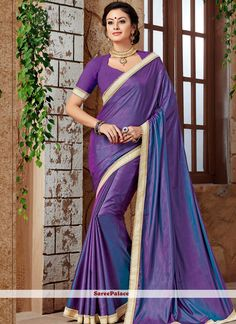 Precise splendor will come out of your dressing style and design with this purple art silk traditional designer saree. The beads, lace and stone work seems chic and great for any function. Purple Art, Designer Sarees Online, Latest Sarees, Traditional Sarees, Indian Beauty Saree, Exclusive Collection, Online Clothing Stores, Silk, Lace