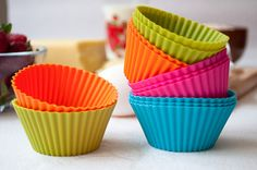 silicone cupcake baking cups.