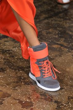 DKNY Spring 2014 Runway Shoes 00fe2dff0